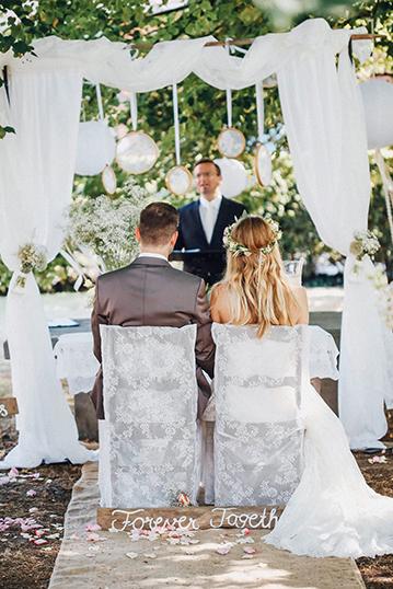 Freie Trauung mit Hochzeitdekoration von Kristina Krug vom Hochzeitsglück Minden