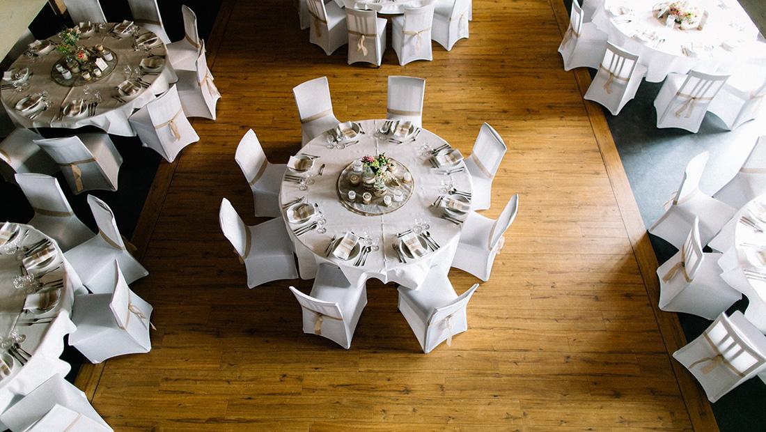 Hussen, Dekostoffe, Servietten, Tischwäsche alles für eure Hochzeitsdekoration in Petershagen Minden Bad Oeynhausen - Hochzeitsglück