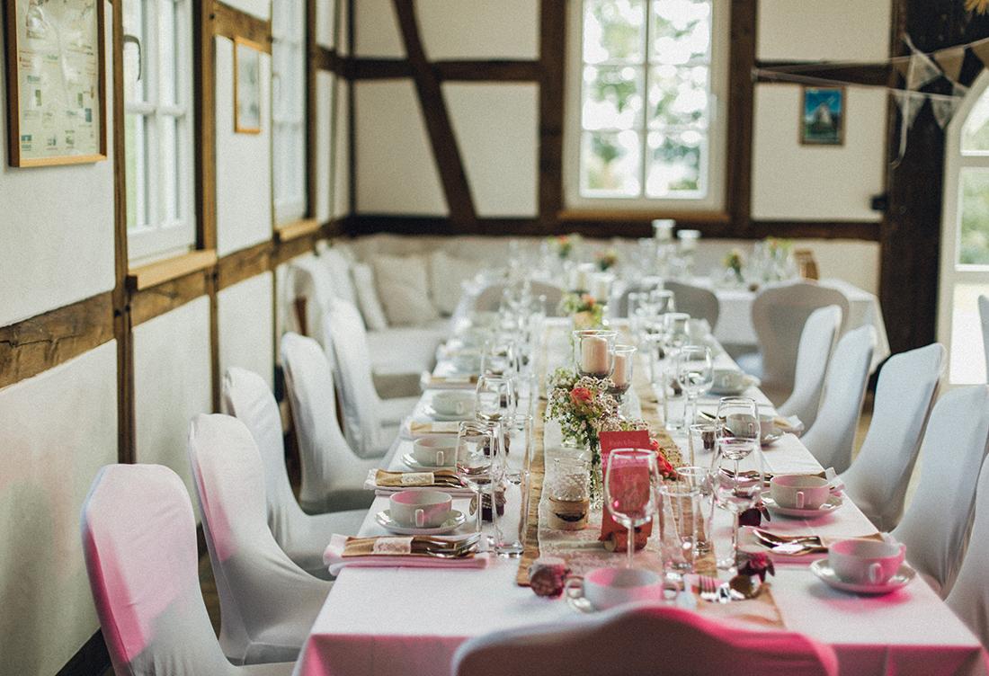 Tischdeko vom Hochzeitsglück an der Exter Windmühle in der Nähe von Minden