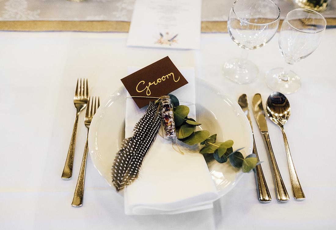 Tischdekoration vom Hochzeitsglück auf dem Hof Frien in Uchte im Raum Minden vom Hochzeitsglück