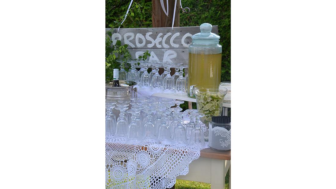 Eine Prosecco Bar für die Hochzeitsfeier - Service und Verleih vom Hochzeitsglück für den Raum Minden, Petershagen und Uchte