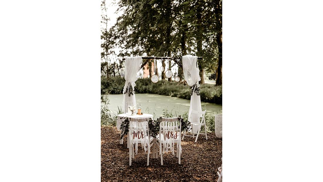 Freie Trauung Hochzeitsglück Outdoor Trauung am Teich Minden Petershagen