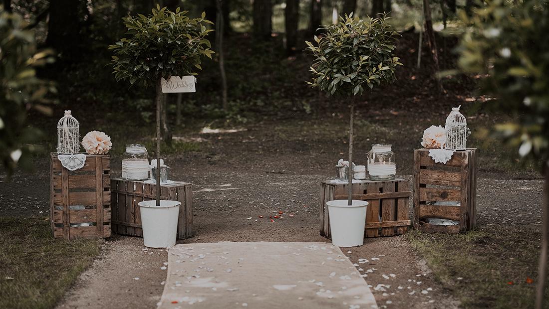 Outdoor-Trauung Dekoration in Minden, Petershagen, Bad-Oeynhausen mit Hochzeitsglück