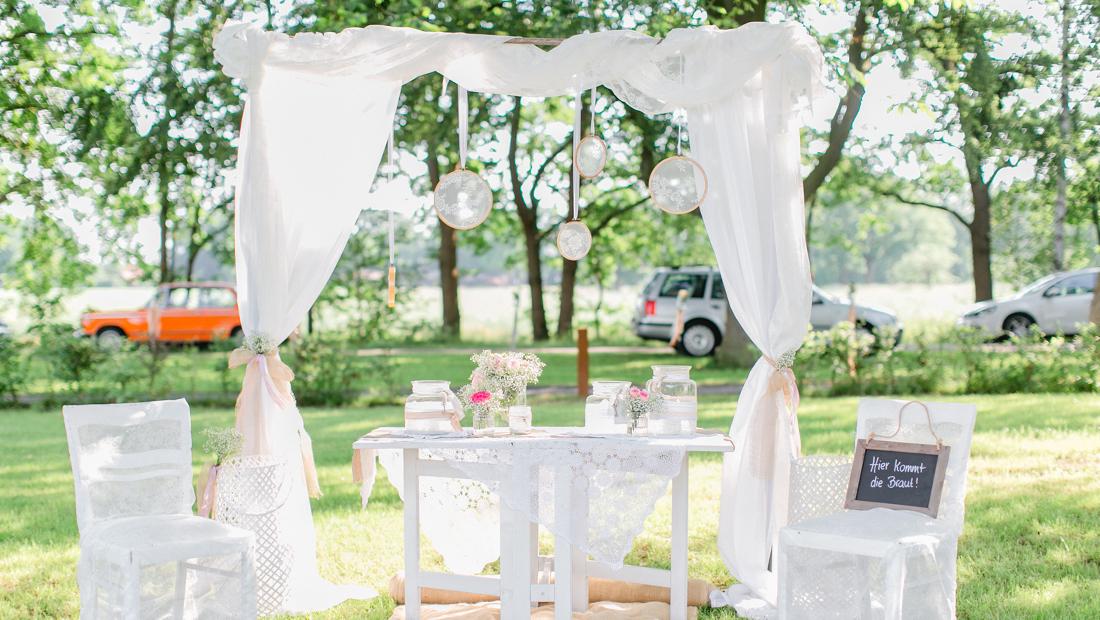 Traufenster für eure Freie Trauung - Individuelle Hochzeitsdekoration mit Kristina Krug vom Hochzeitsglück Minden