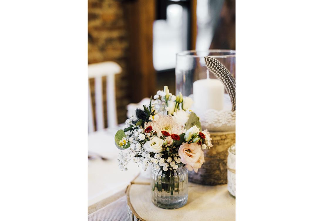 Hochzeitsdeko im Bohostyle auf dem Hof Frien in Uchte im Raum Minden vom Hochzeitsglück